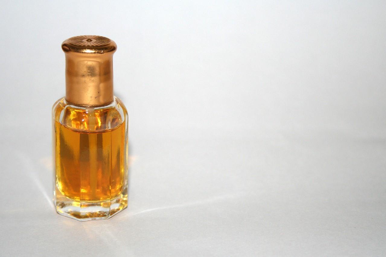 Dobroczynne działanie olejków na naszej skórze
